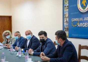 S-a semnat contractul de execuție pentru reabilitarea Palatului Administrativ 2