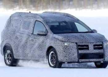 "Fotografii ""spion"" cu viitorul crossover Dacia, supranumit Grand Duster 15"