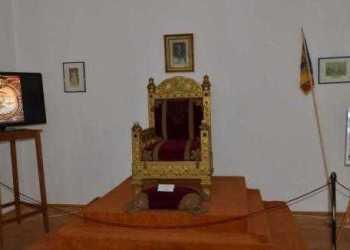 De Ziua Regalității, tronul lui Carol I va fi expus la Muzeul de Artă al României 2