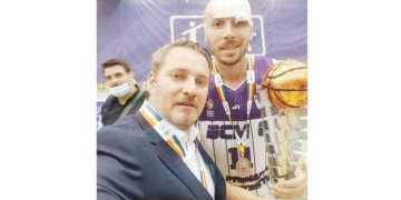 """Dragoş Şerban, director BCM U FC Argeş Piteşti: """"Pentru o performanţă mai mare, avem nevoie de mai mult de 40 miliarde lei vechi, cât am avut sezonul trecut"""" 5"""
