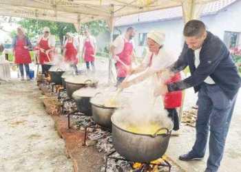 Tradiţiile de Rusalii în comuna Bradu 7
