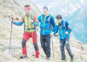 Alpinistul Teo Vlad va escalada Vârful Elbrus cu alpinişti nevăzători 17