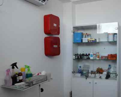 Cabinetul medical e dotat cu cele necesare