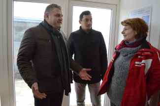 Primarul orașului, împreună cu Alexandru Popescu și Anda Murgu