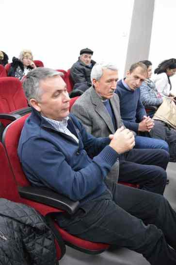Primarul actual Niculae Cismaru și fostul edil Florian Liscan