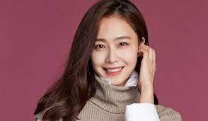 Hong Soohyun Akan Menikah Bulan Ini