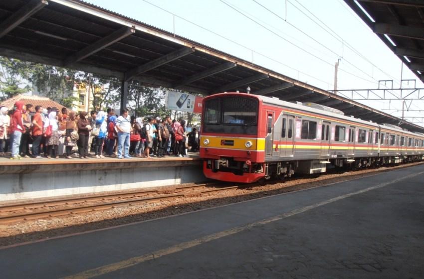 Layanan KRL Commuter Line dan KA Lokal Tetap Beroperasi Pada Masa Libur Lebaran