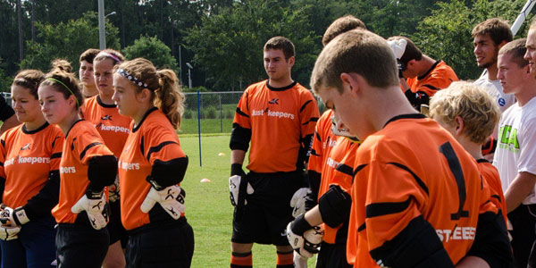 Goalkeeper Training -Free Goalkeeper Training in Your Area 8a07abadec