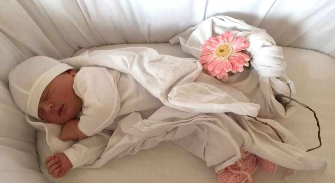 Lotus Birth: che cos'è e quali sono i rischi per il neonato