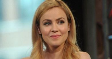 Amanda Schull promue régulière dans la saison 8 de Suits