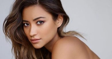 Pretty Little Liars/You : Shay Mitchell révèle sa fausse couche