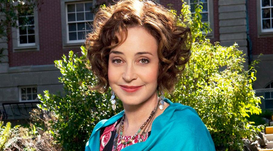 Annie Potts - Young Sheldon