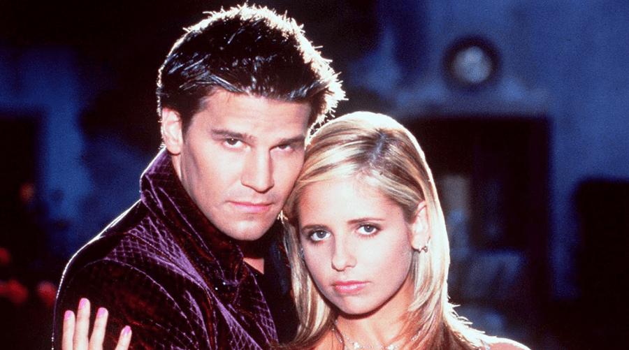 Sarah Michelle Gellar et David Boreanaz approuvent le reboot de Buffy Contre les Vampires