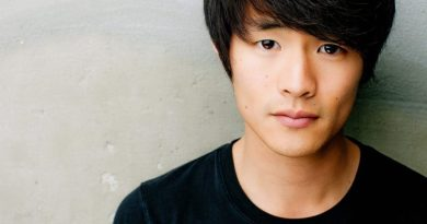 chris larkin