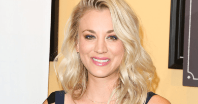 Kaley Cuoco rejoint The Flight Attendant