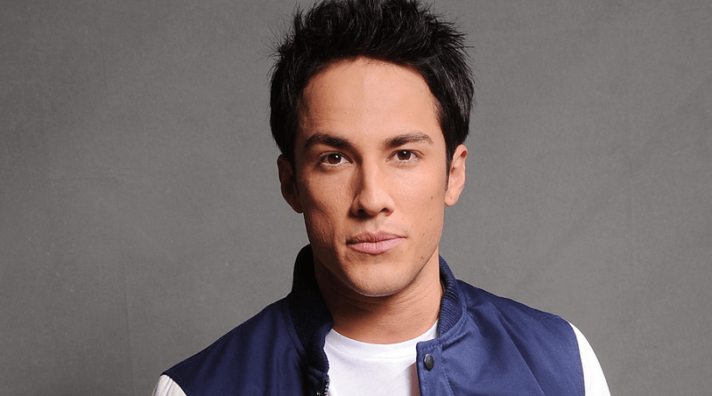Roswell : Michael Trevino (The Vampire Diaries) rejoint le casting du reboot