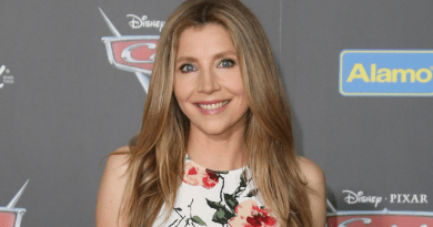 Sarah Chalke (Scrubs) sera dans la saison 2 de Friends From College