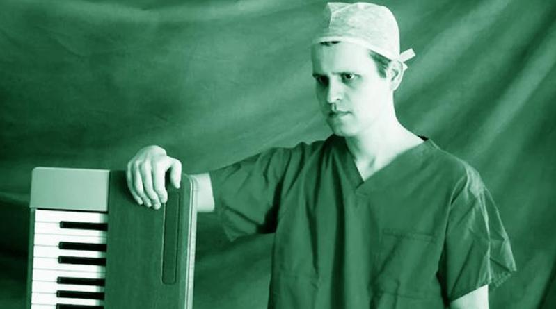 """BBC Two commande une série médicale tirée d'un livre de Adam Kay : """"This is Going to Hurt"""""""