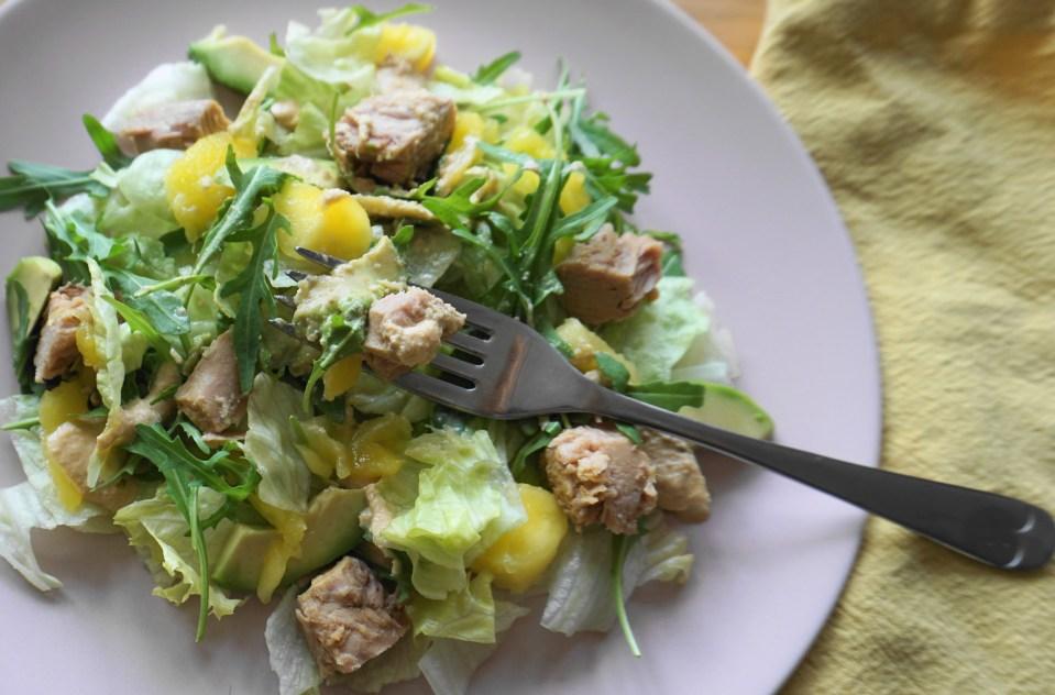 Tuna mango salad bite 1 (1)