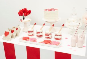 Kissing-Booth-Valentines-Day-Party-via-Karas-Party-Ideas-KarasPartyIdeas.com3_