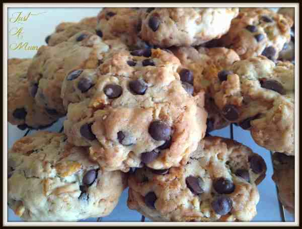 Chocolate Chip Cornflake Cookie