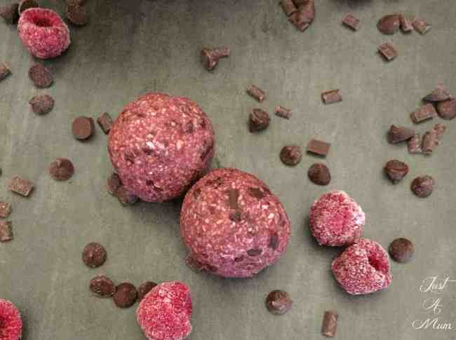 raspberry-chocolate-bliss-balls-5