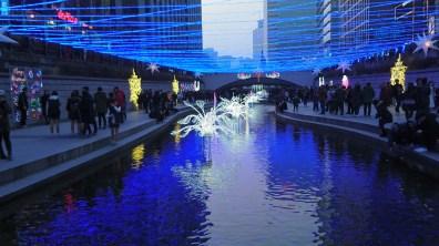 Cheonggyecheon... with Chirstmas lights!