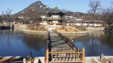 Hyangwonjeong Pavilion built on an islet in the Yeolsangjinwon Spring