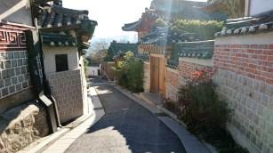Exploring the Bukchon Hanok Village