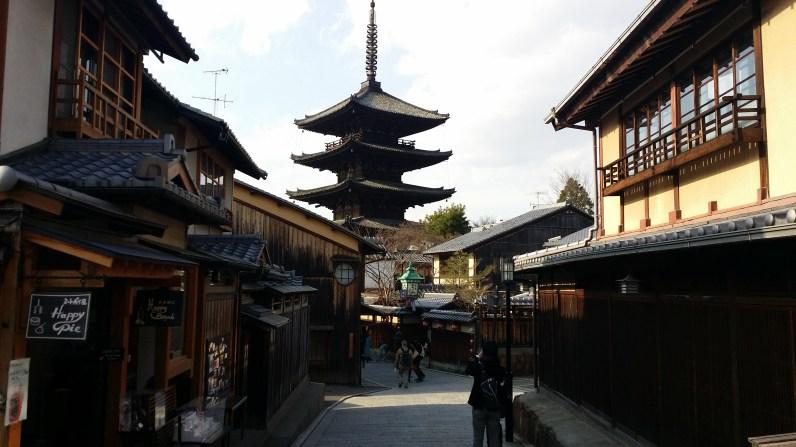 Exploring Higashiyama and the Yasaka Pagoda