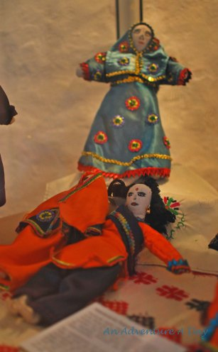 A special exhibition of the Folk Art Museum of Burglengenfeld focused on the handcrafted toys of children in developing nations. The faces of toys reflect a reality of the children.