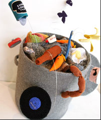 Rubbish bin from the collection Knitted Lives