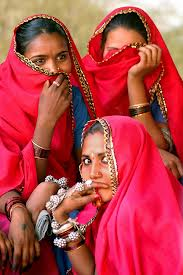 women courtesy www.shalusharma.com