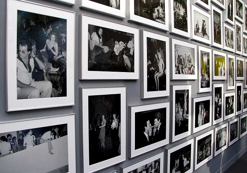 gallery photographs in frames
