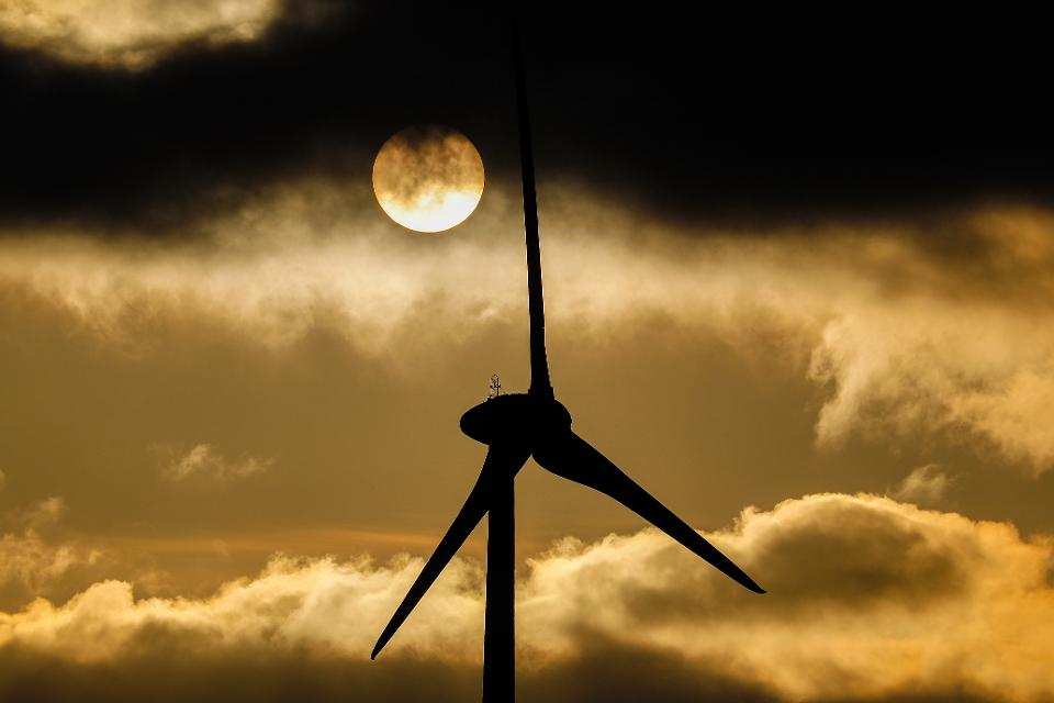 Thanks To Renewables And Machine Learning, Google Now Forecasts The Wind – Forbes