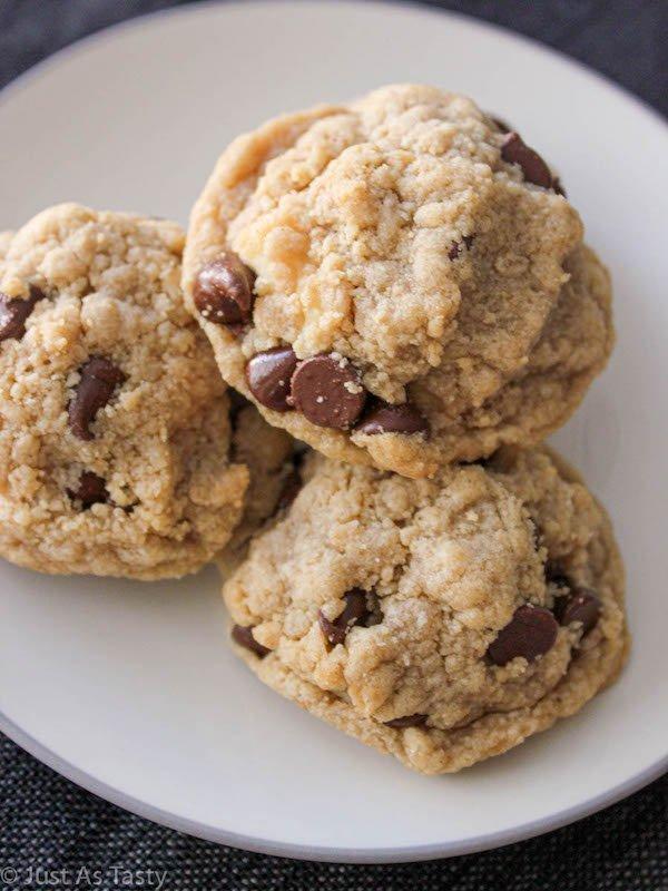 Cheesecake Stuffed Cookies – Gluten Free, Eggless