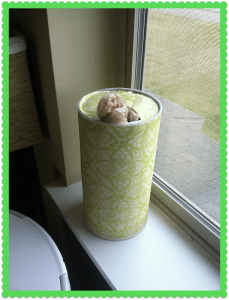 oatmeal container bag holder
