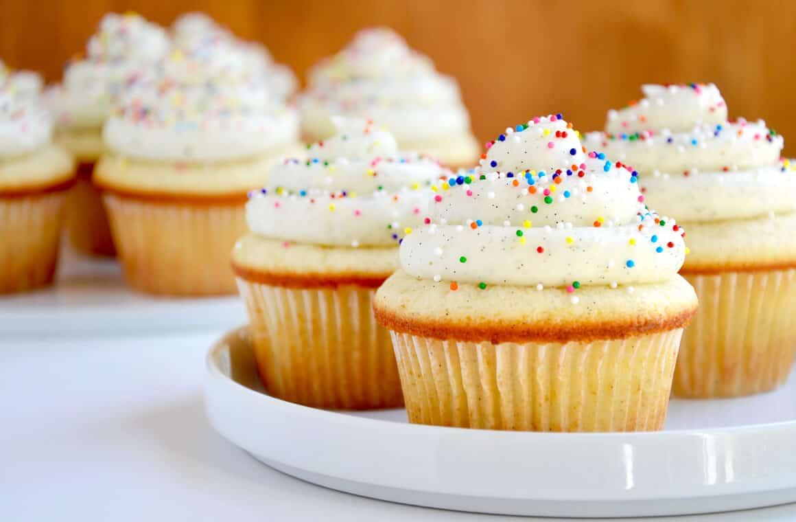 Vanilla Bean Cupcakes With Buttercream Frosting