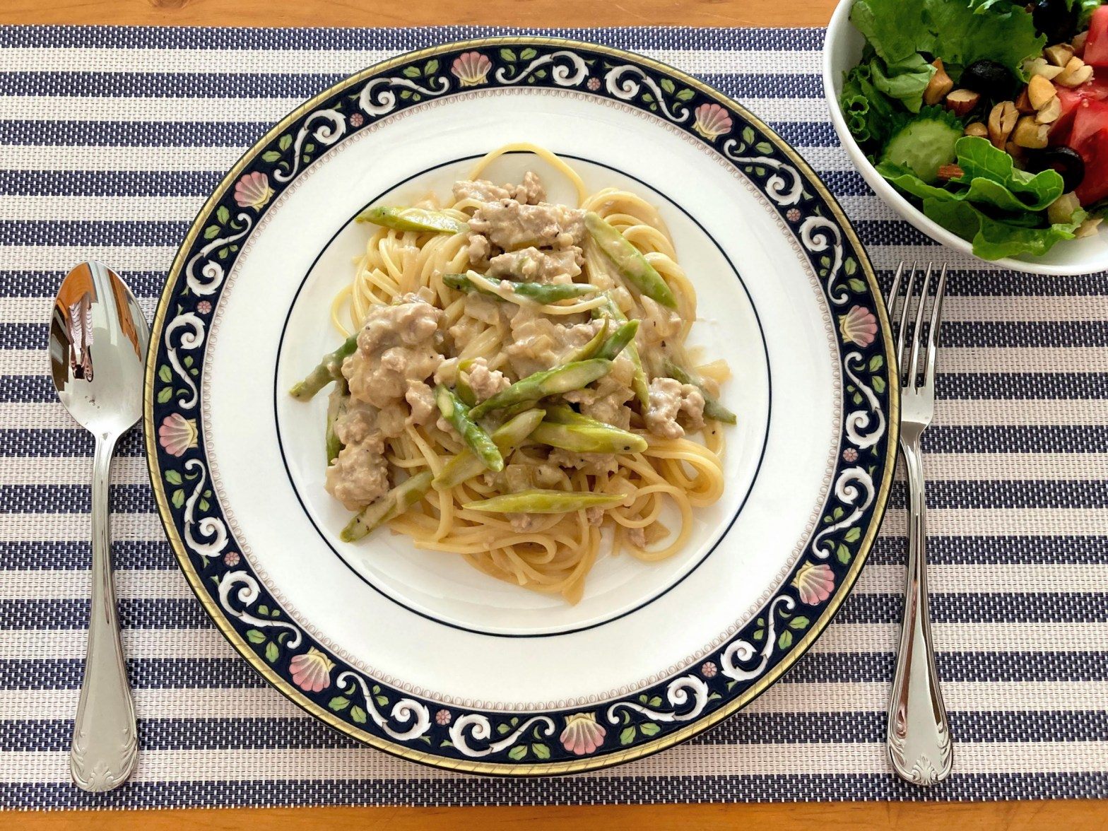 coconut milk pasta with pork and asparagus
