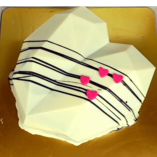 White Diamond Heart Pinata Cake