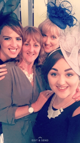Selfie Mums and Daughters