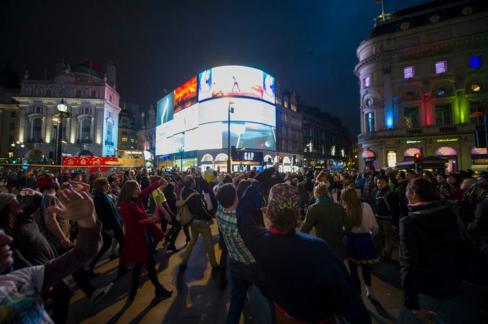 Just Dance Piccadilly Circus | Just Dance 2015