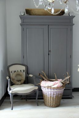 Purely rustic chic