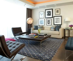 A well defined living room