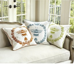 Napoleonic bee traditional-pillows