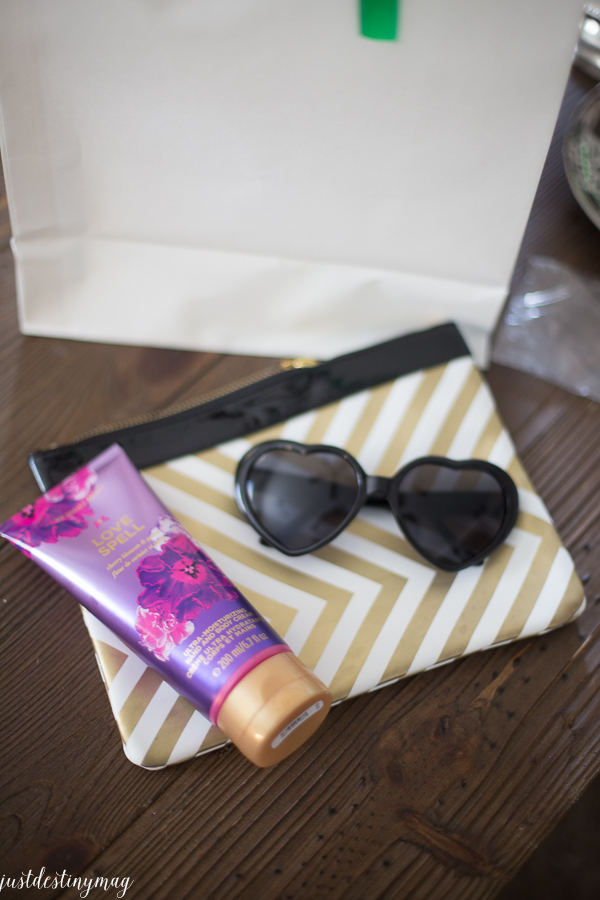 Favorite Things Party Gift Ideas_-39