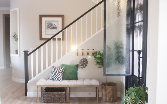 The Best Way to Paint your Stair Rails Black