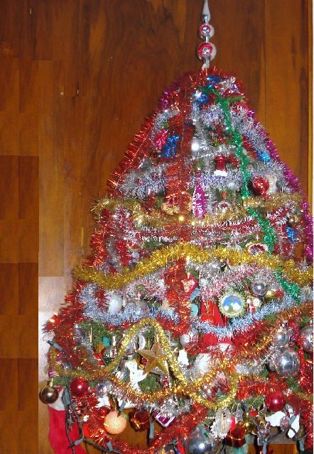 ugly-christmas-tree-9