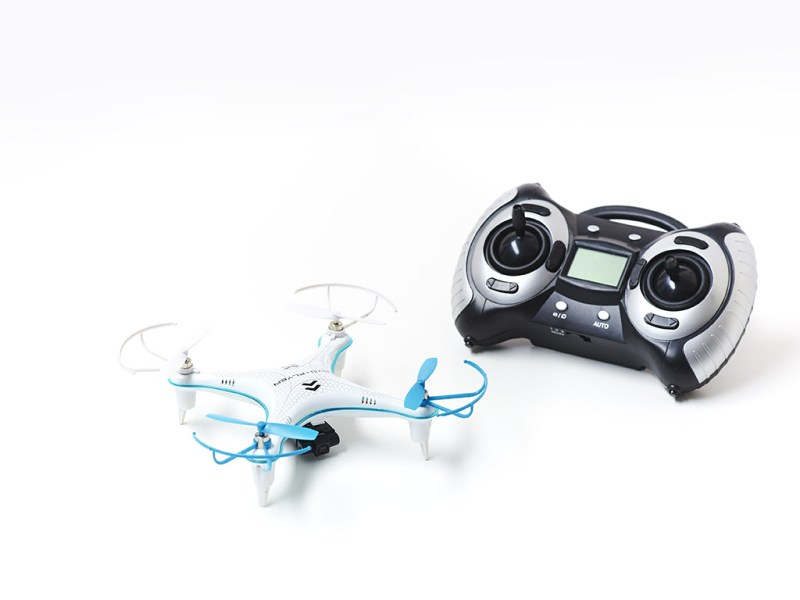 Evo-Flyer-Quadcopter-and-Controller