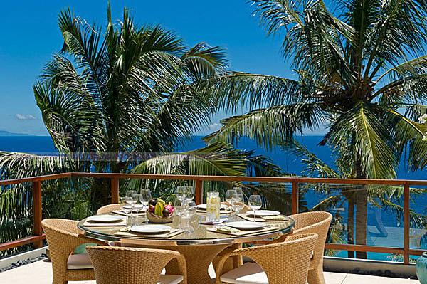 Malimbu Cliff Villa on Indonesia's Lombok Island (14)